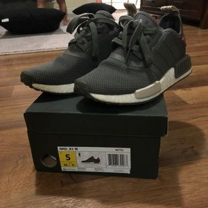 adidas Shoes - Adidas NMD R1 women's sz 5 grey/maroon